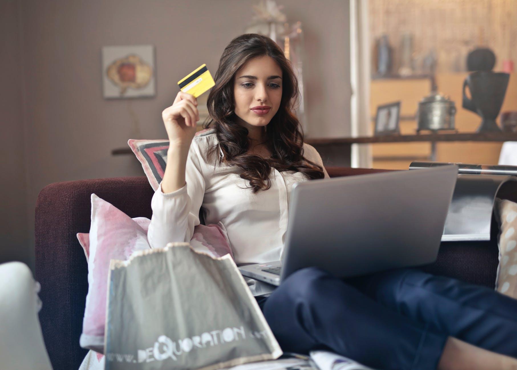 Wie lange ist eine Kreditkarte gültig?